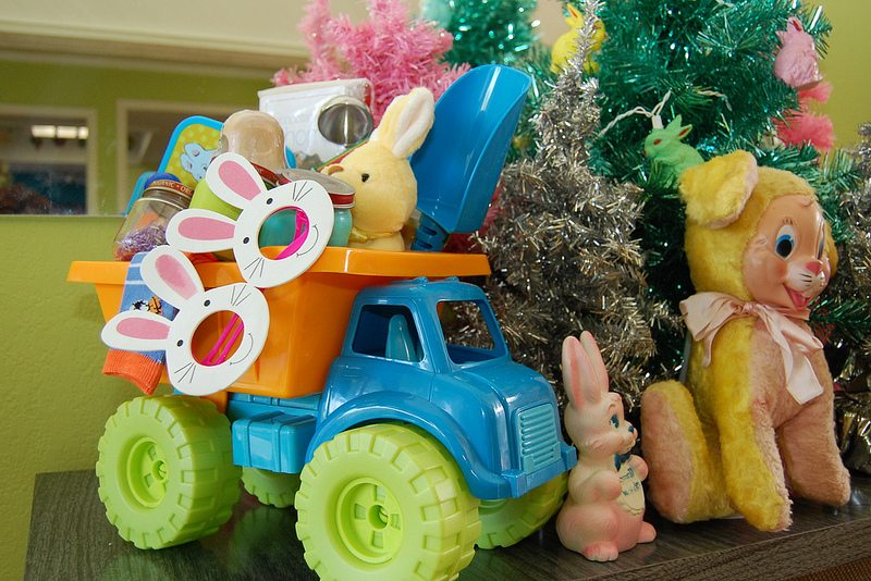 How to fill an Easter basket for babies.