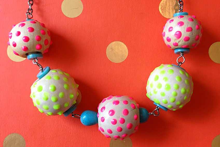 How to paint beads with Puffy Paint by Jennifer Perkins