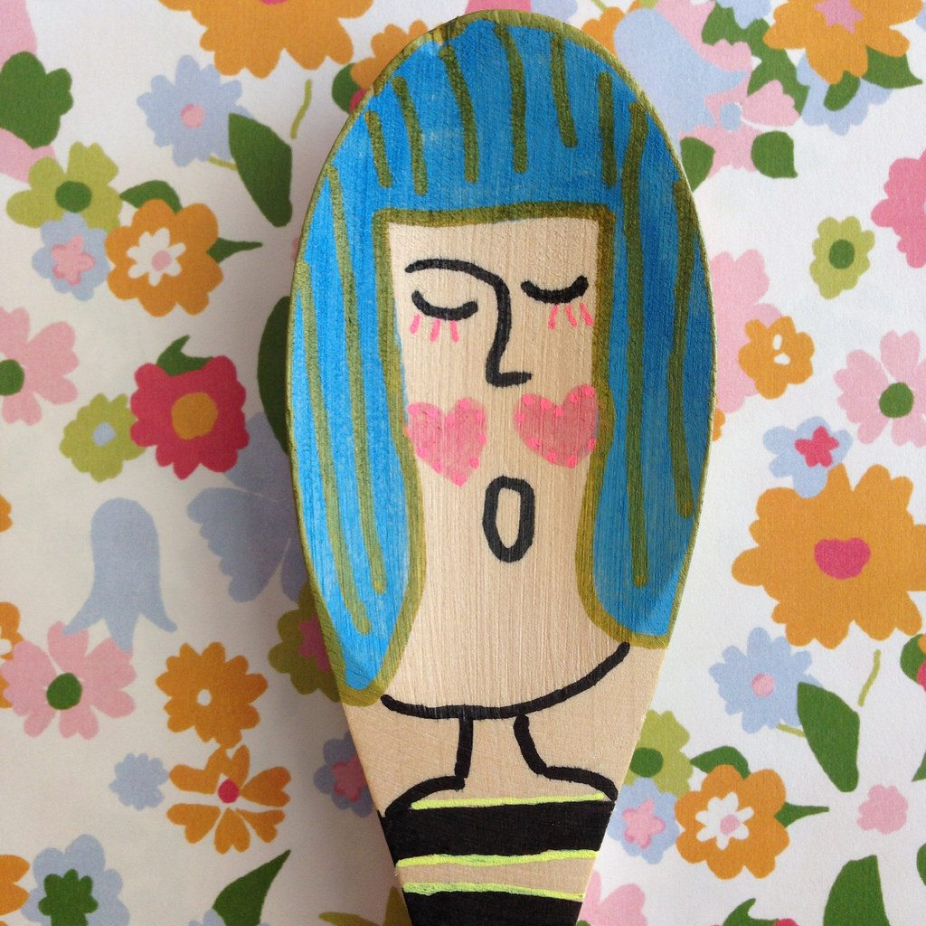 Adorable painted wooden spoon puppets by Jennifer Perkins