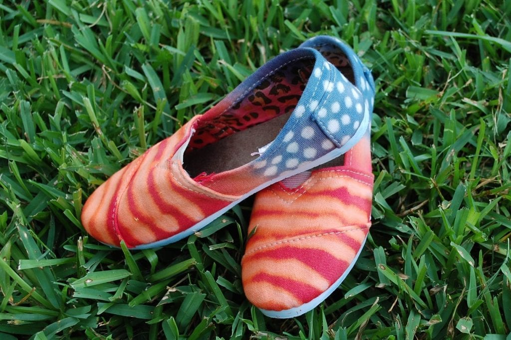 df03b618b679 Easy 4th of July Tie-Dyed Shoes DIY Jennifer Perkins