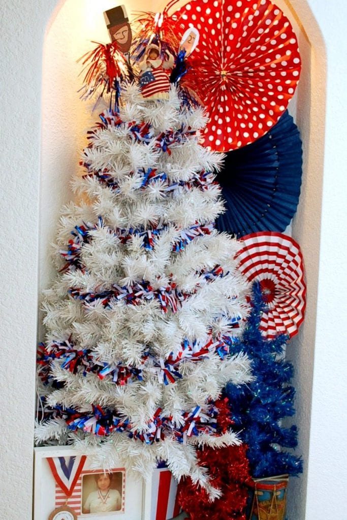 Decorated Tree for 4th of July by Jennifer Perkins
