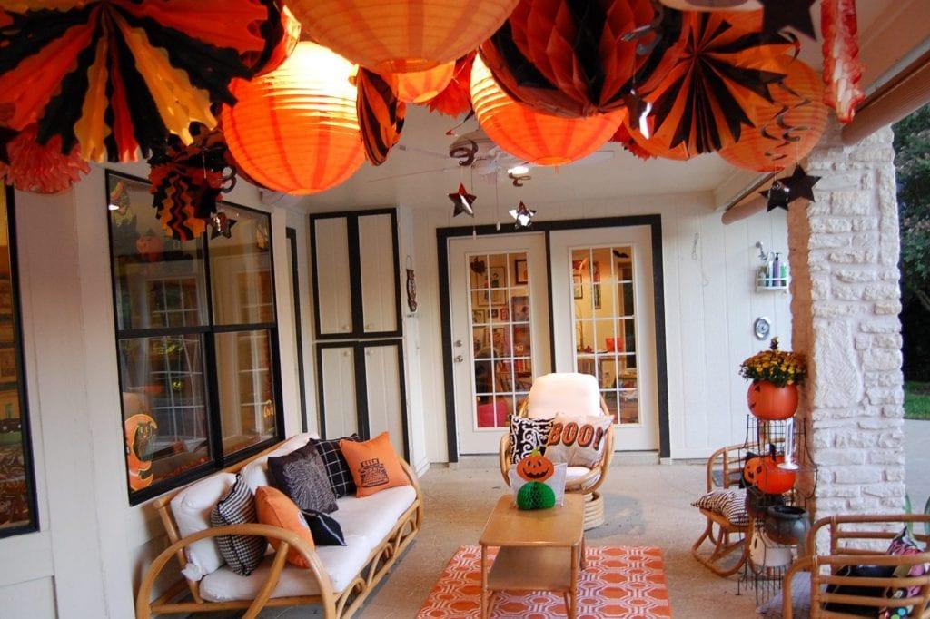 Halloween Porches And Patios - Jennifer Perkins