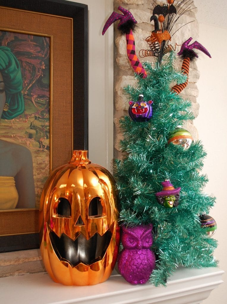 A Halloween tinsel tree adds a touch of blue.