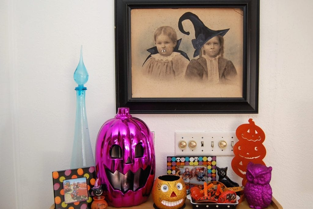 Colorful Halloween vignette
