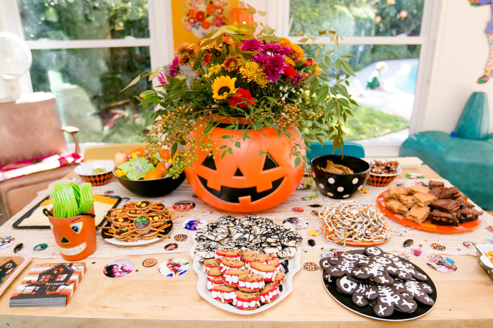 Halloween Jack-o-lantern planter and treat table