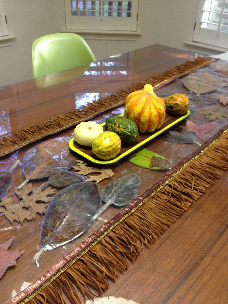 laminated-leaves-tablecloth