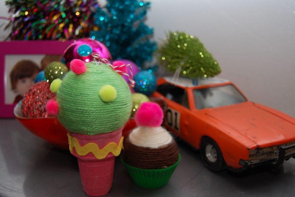ice-cream-cone-ornament