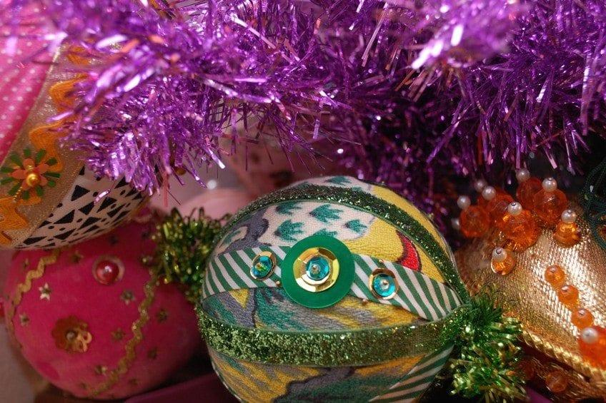 vintage-sequin-ornament