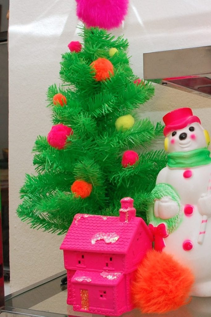 I\'m Dreaming of a Neon Pink Christmas - Jennifer Perkins