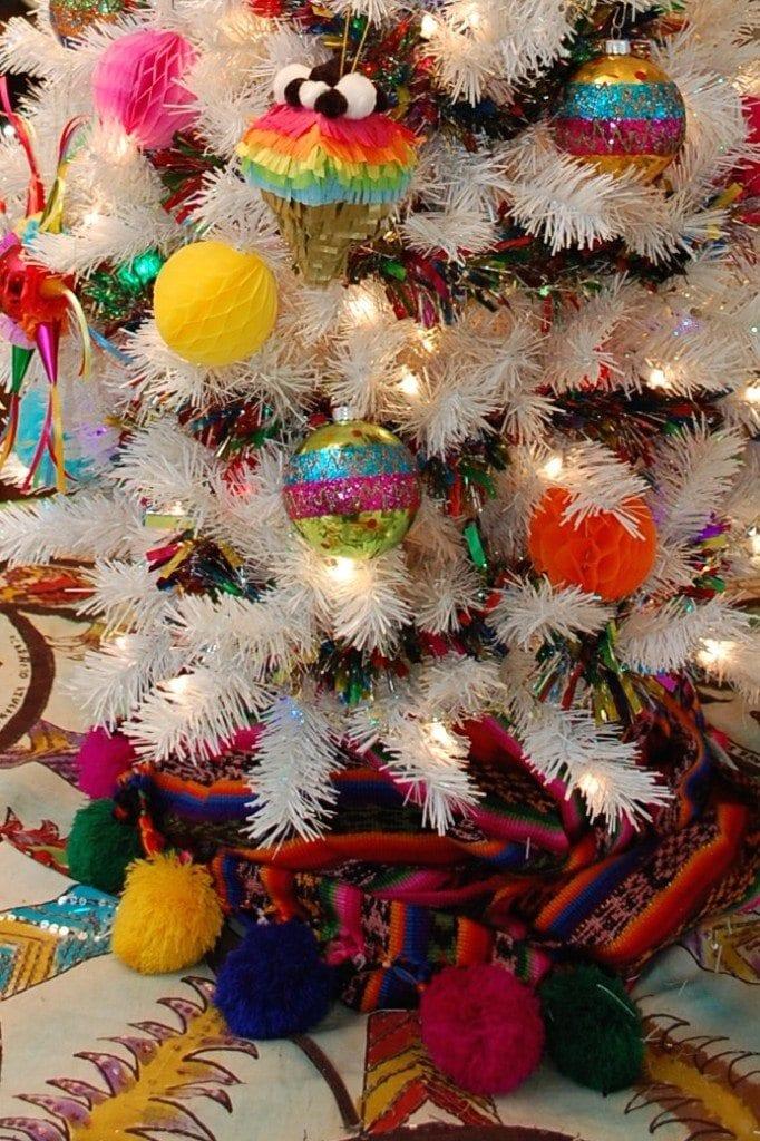 pinata-ornament