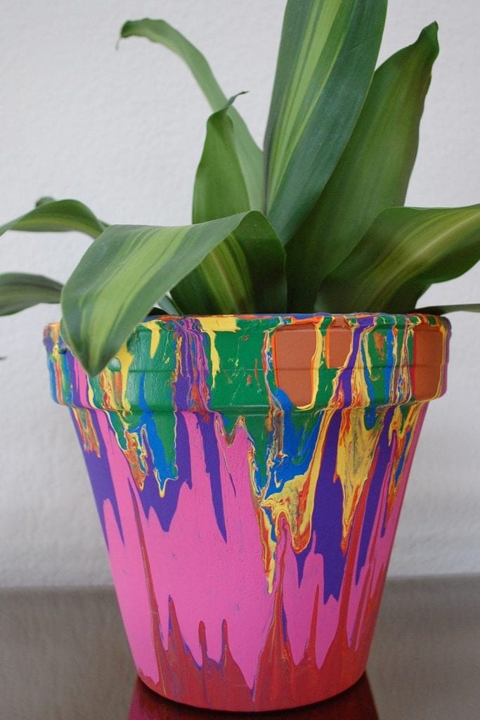 rainbow-paint-drip-planter