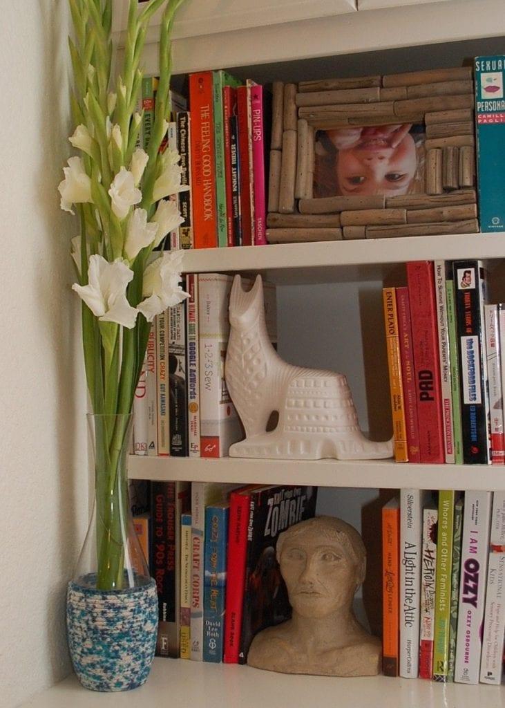 splatter-dyed-vase