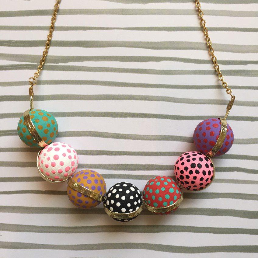 beaded-necklace-polka-dot
