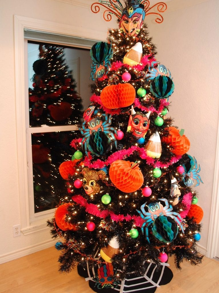 Kitsch Felt No Sew Halloween Tree Skirt Jennifer Perkis
