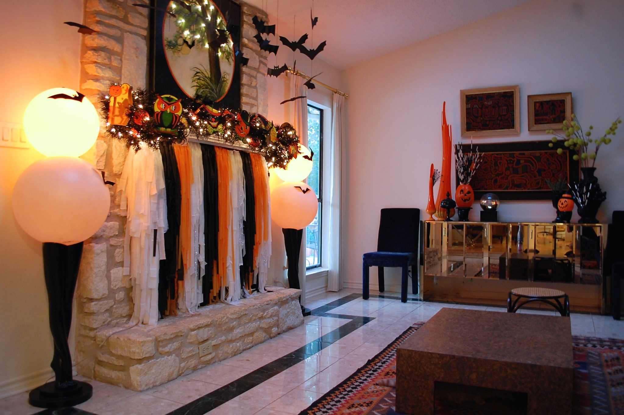 How to decorate a Halloween fireplace and mantel.