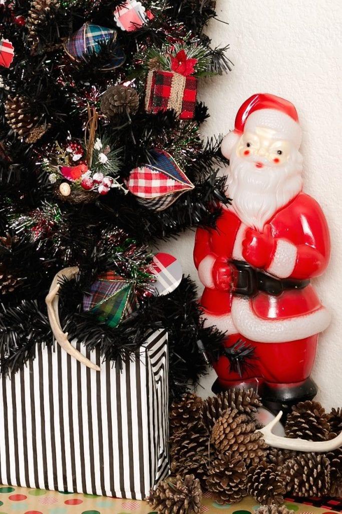 plaid-christmas-ornament