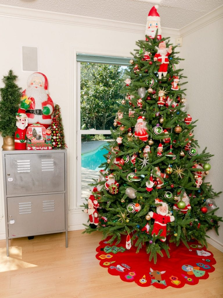 Oh Christmas Tree - Decorating with Vintage Santa Claus Dolls