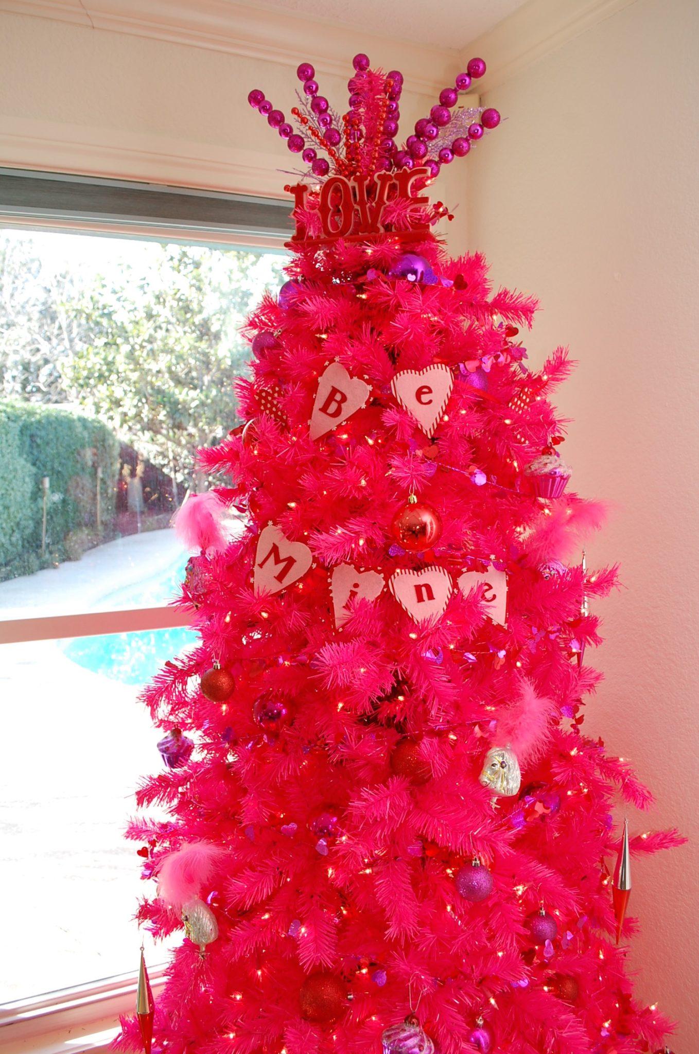 valentine-tree-treetopia