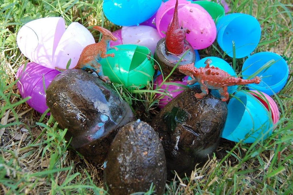 How to make frozen dinosaur eggs.