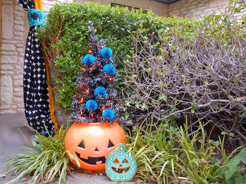 Ideas for the teal pumpkin project