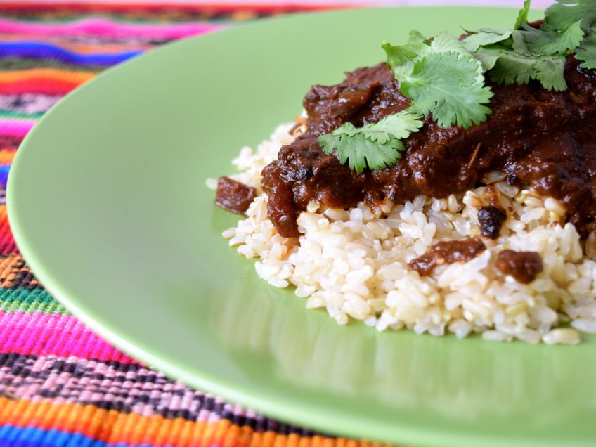 How to make chicken mole in the slow cooker.