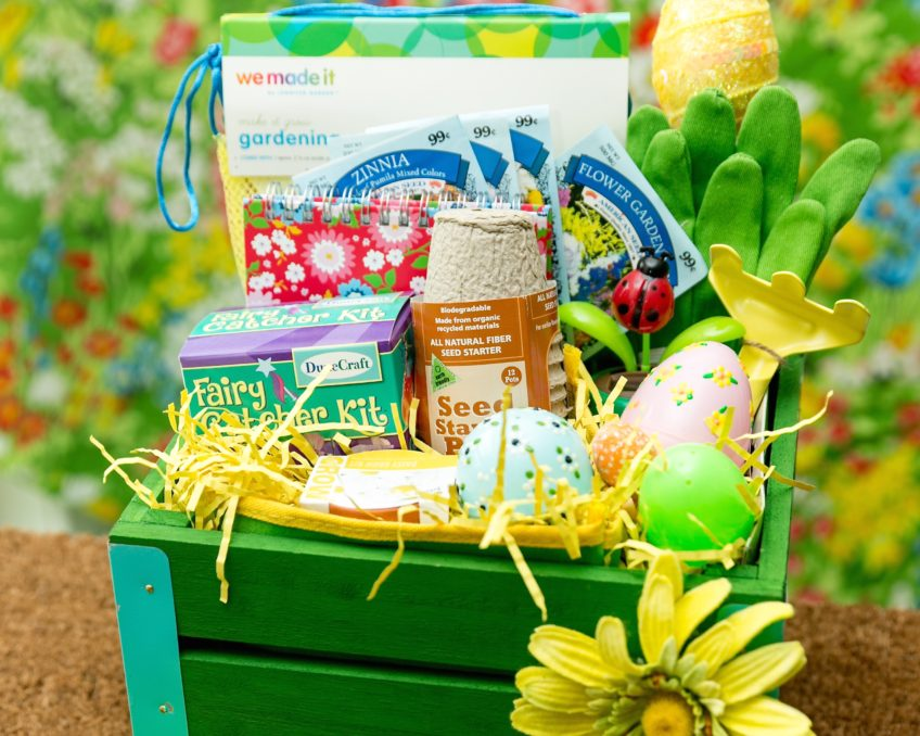 How to fill a garden themed gift basket.