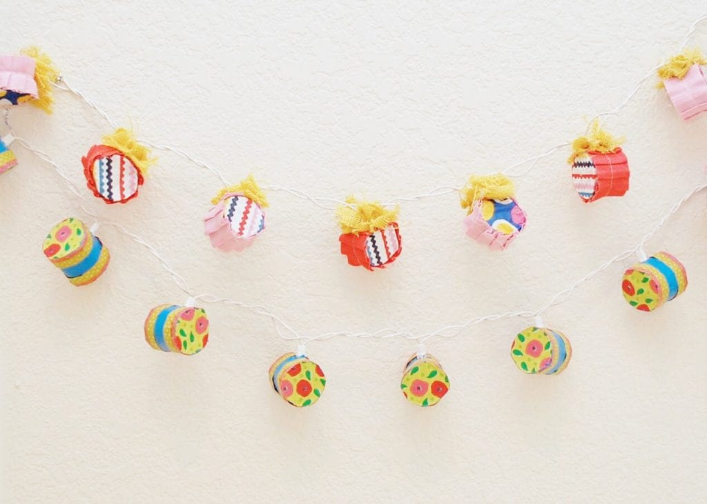 How to recycle toilet paper rolls into fancy string lights.