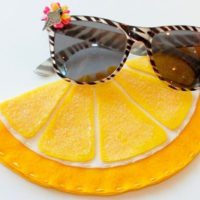 How to make a felt sunglasses case that looks like an orange slice by Jennifer Perkins