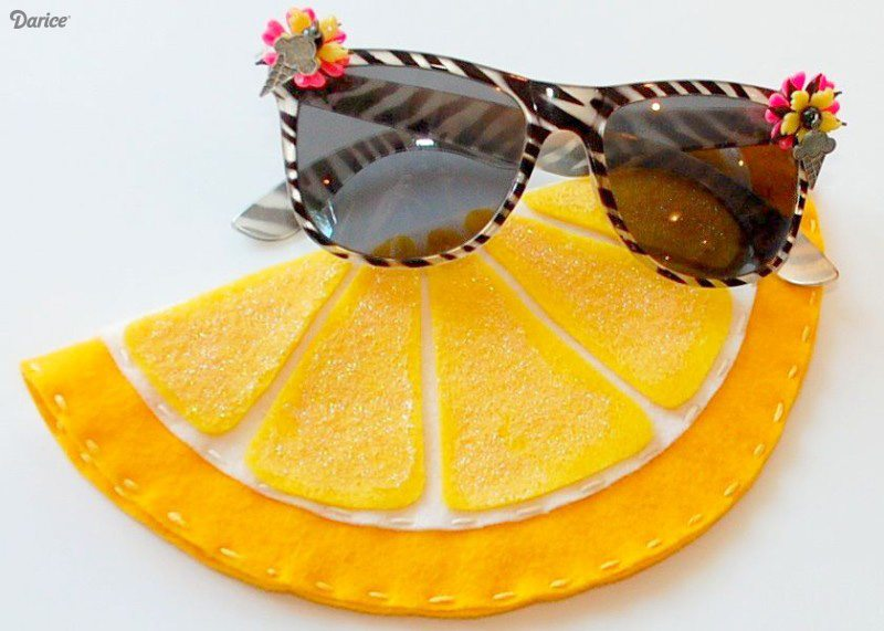 DIY-sunglasses-cases-felt-fruit-Darice-2