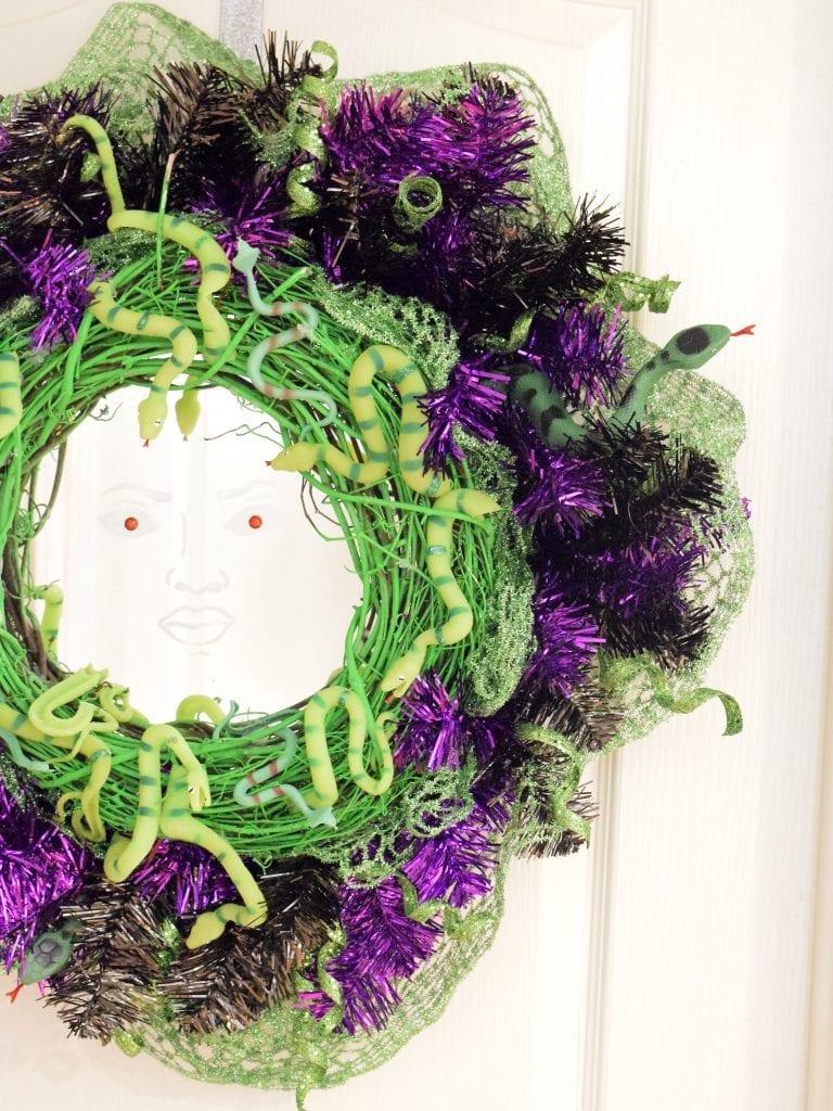 medusa-wreath