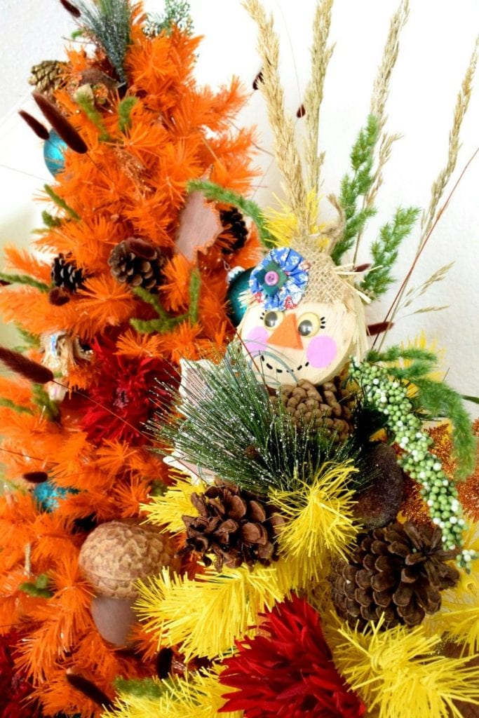 DIY Scarecrow ornaments for a fall tree by Jennifer Perkins