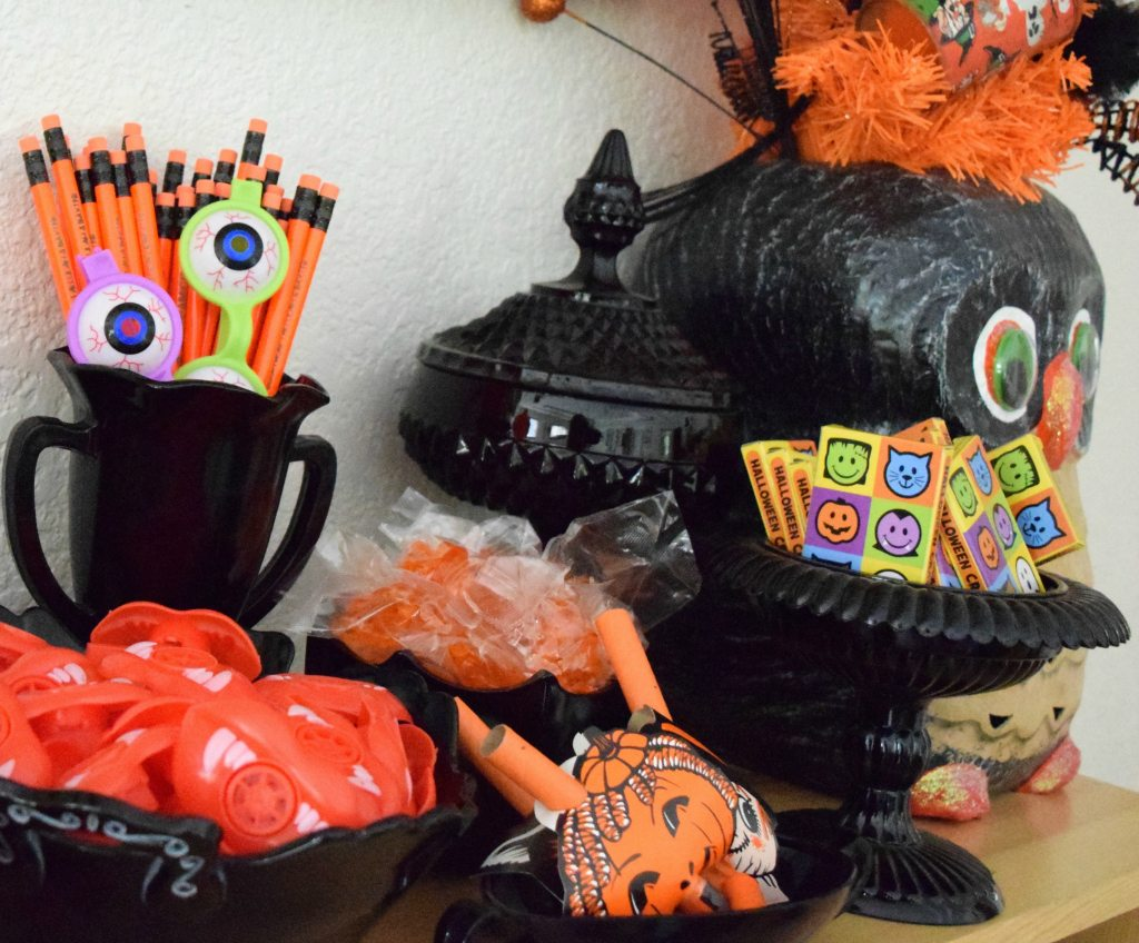 Peanut free Halloween goodie bag buffet by Jennifer Perkins
