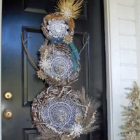 How to make a boho snowman wreath.