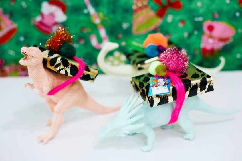 Dinosaur gift card holder.