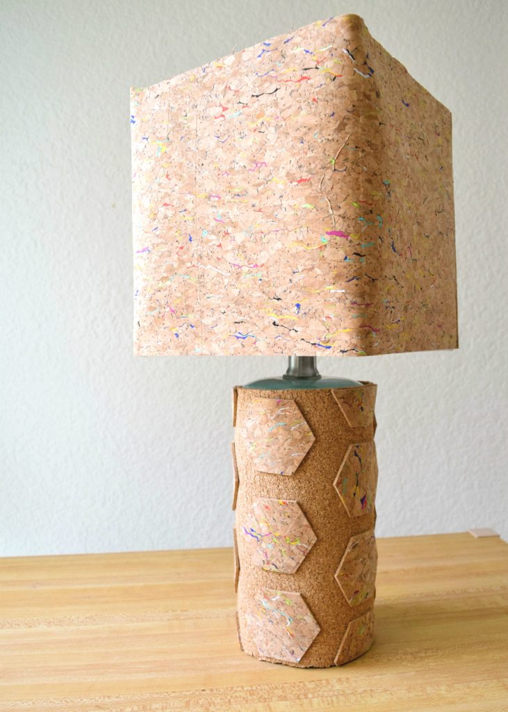 How to cover a lamp in cork.