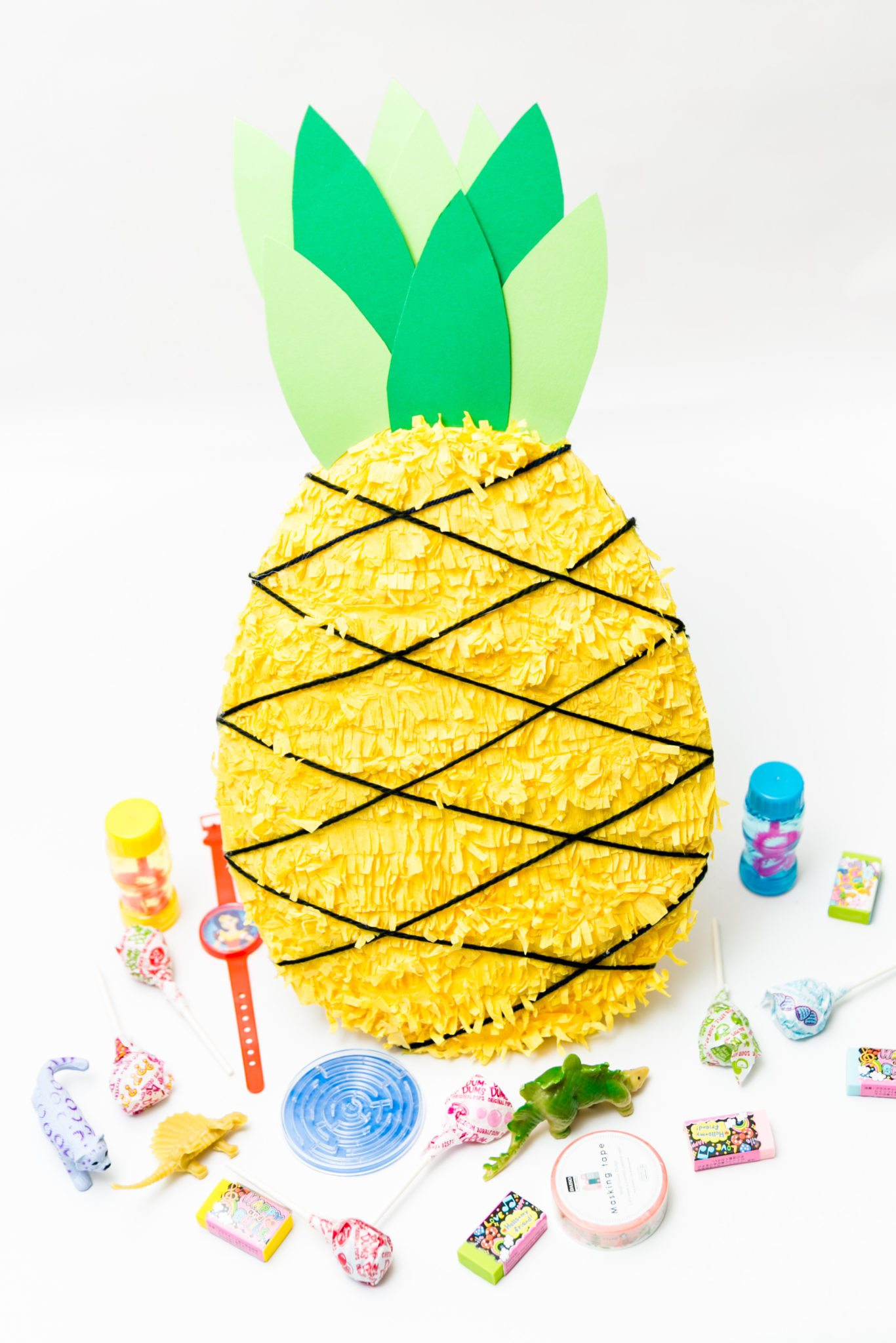 DIY pineapple pinata from a paper plate.