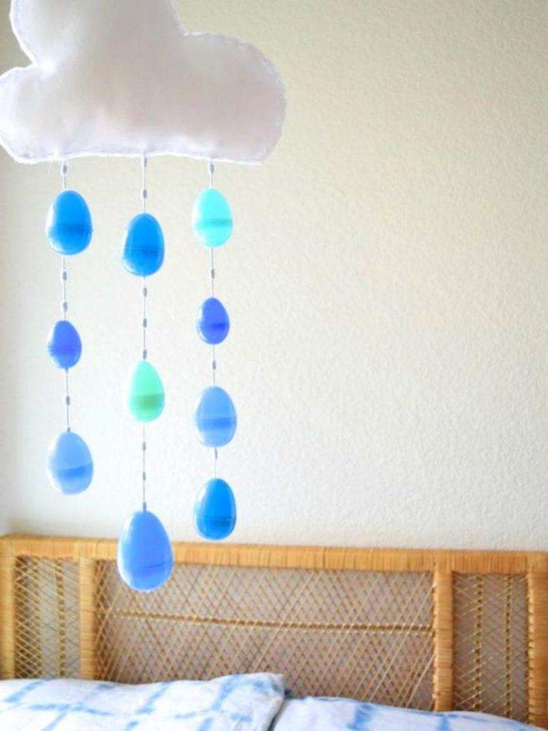 DIY Rain cloud mobile from plastic Easter eggs.