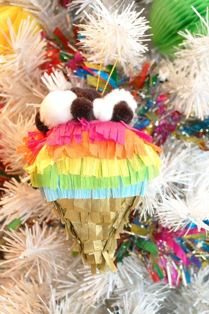 How to make a DIY Piñata ornament for Christmas by Jennifer Perkins
