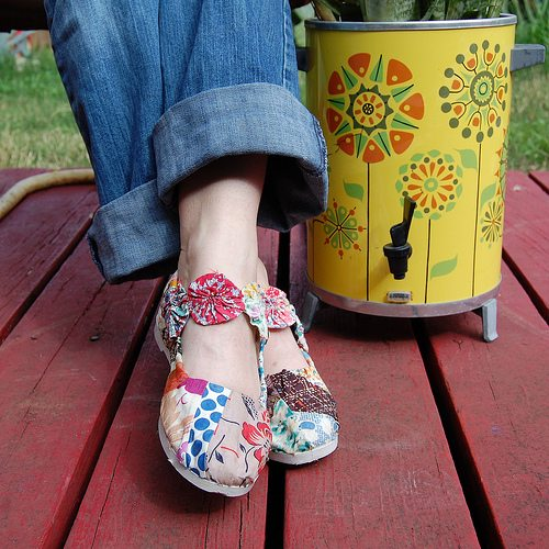 DIY decoupaged vintage quilt scrap shoes by Jennifer Perkins