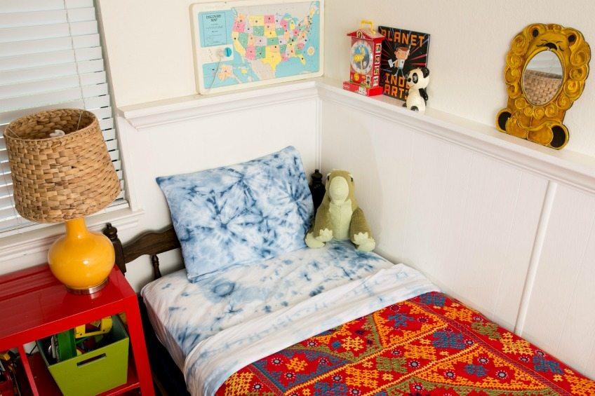Fun ideas for shibori - including sheets by Jennifer Perkins