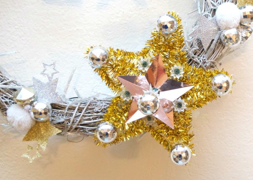 Use clearance Christmas decorations to make a New Years Eve Wreath - Jennifer Perkins