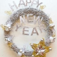 Wreath of the Month Club - DIY New Year's Wreath by Jennifer Perkins