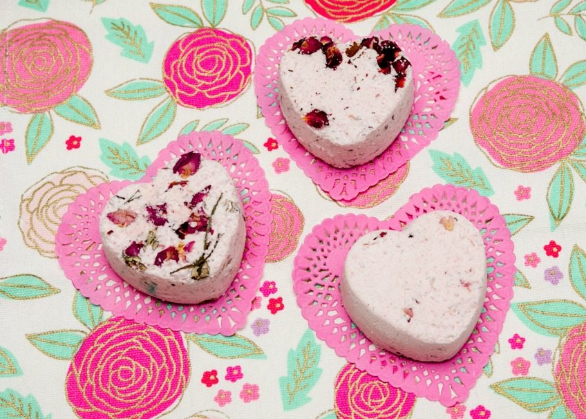 How to make DIY bath bombs with rose petals by Jennifer Perkins