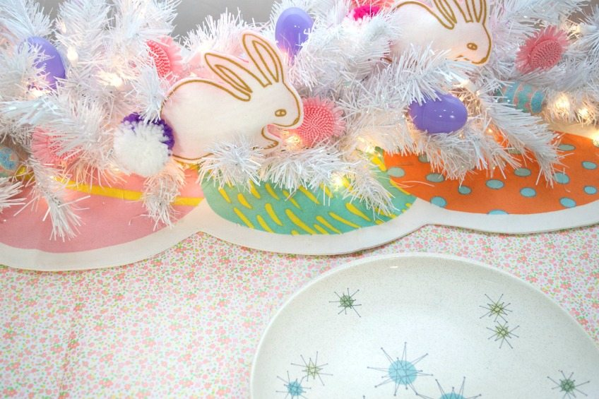 DIY Easter table runner with no sew felt bunnies by Jennifer Perkins