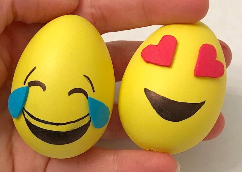 DIY Emoji Easter Eggs - Jennifer Perkins