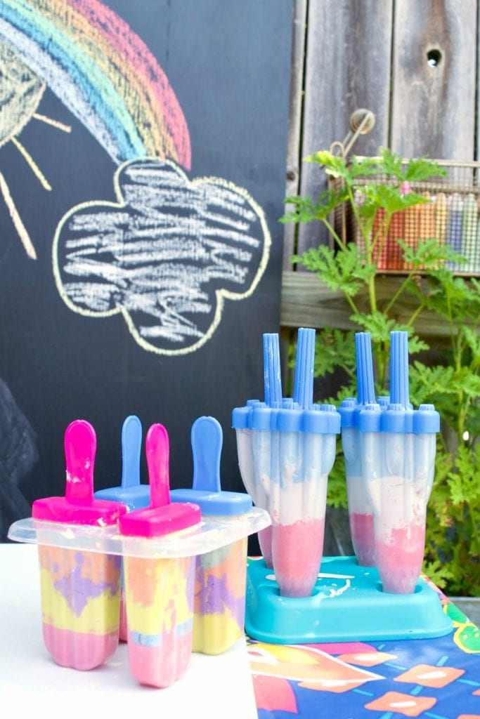 Pour chalk into popsicle molds.