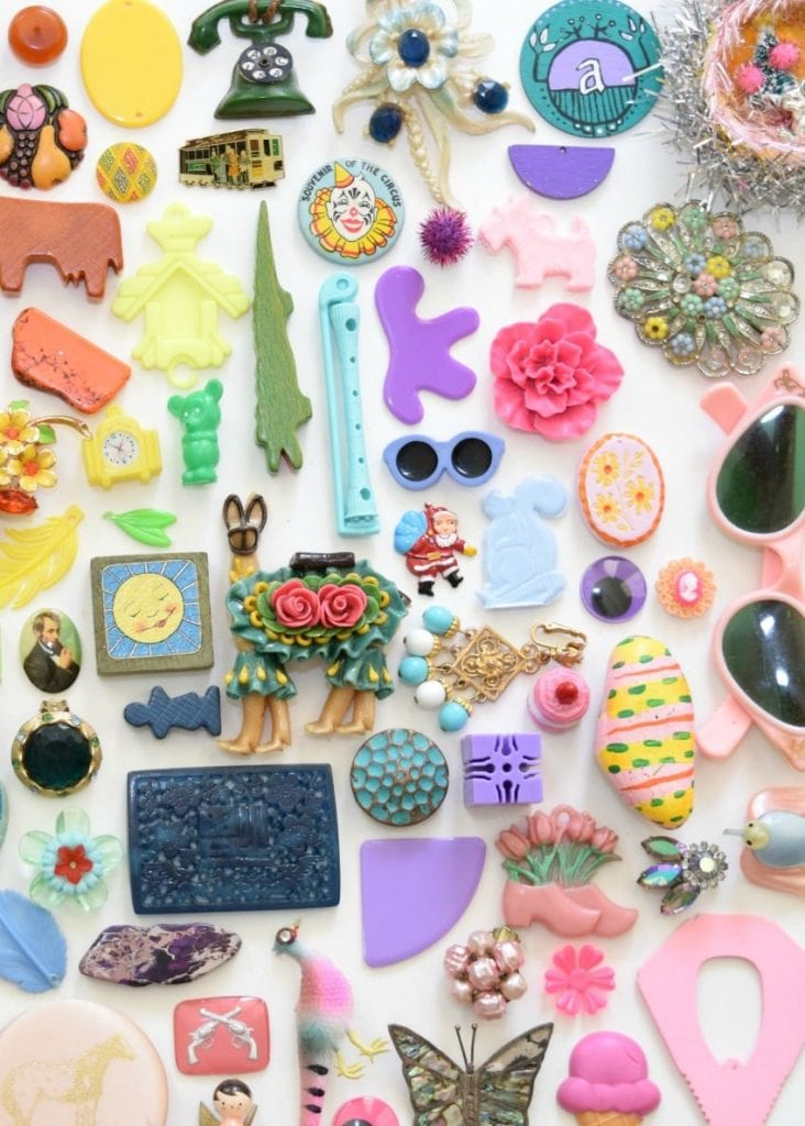I Spy flat lay with vintage trinkets.
