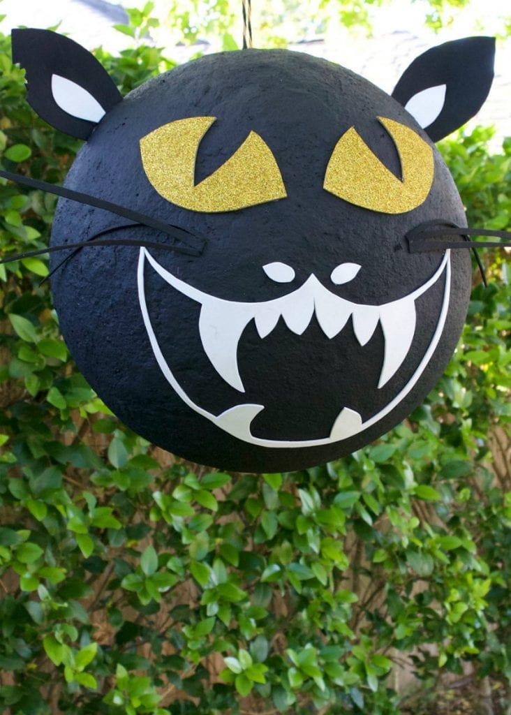 Halloween DIY black cat paper-mache piñata