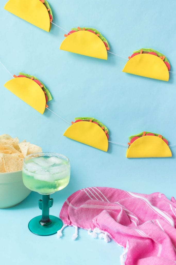 DIY taco banner from Club Crafted