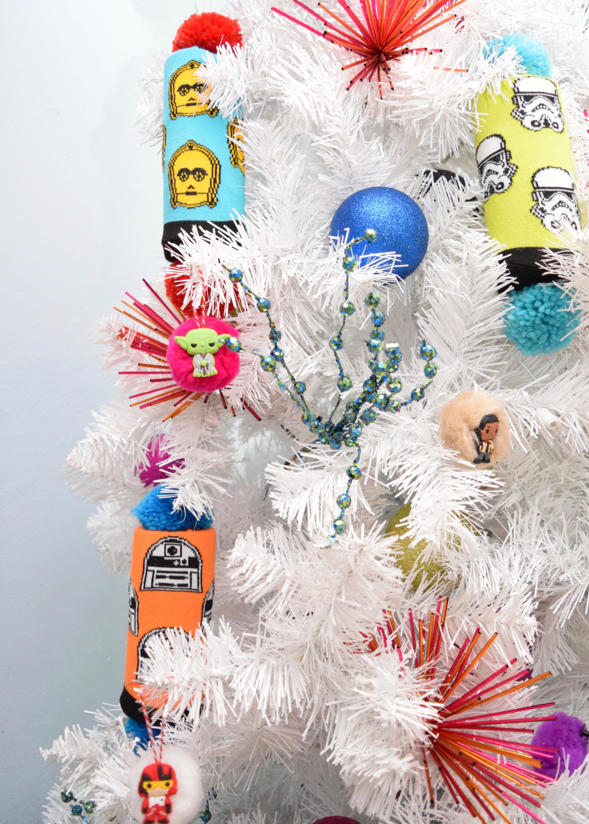 How to make DIY Stars Ornaments from Pool Noodles by Jennifer Perkins